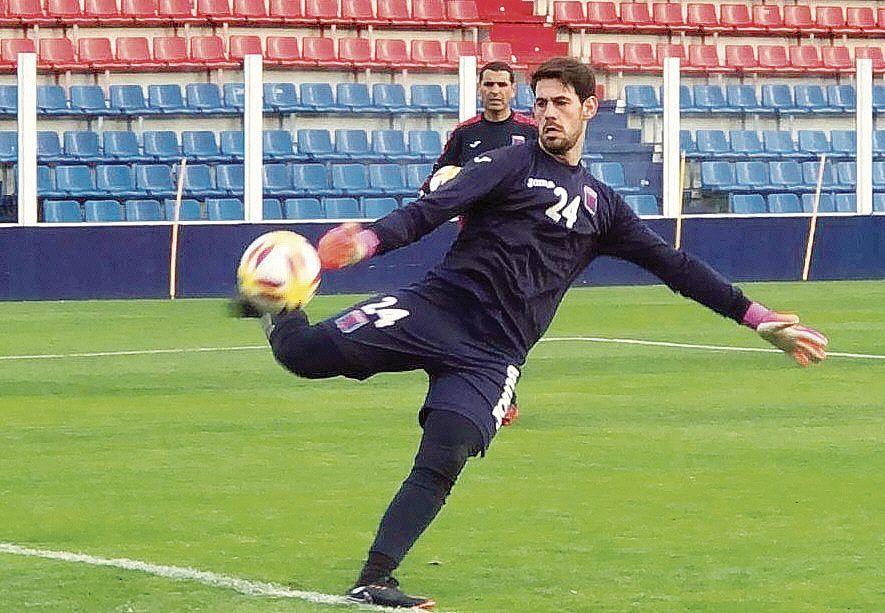 Augusto Batalla se entrenó ayer en el estadio del Matador.