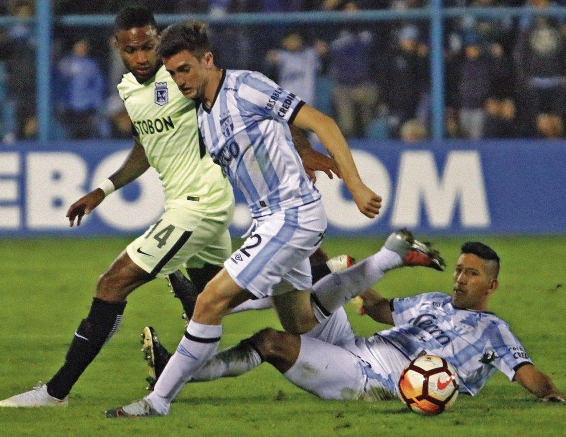 Leandro Díaz festeja su gol