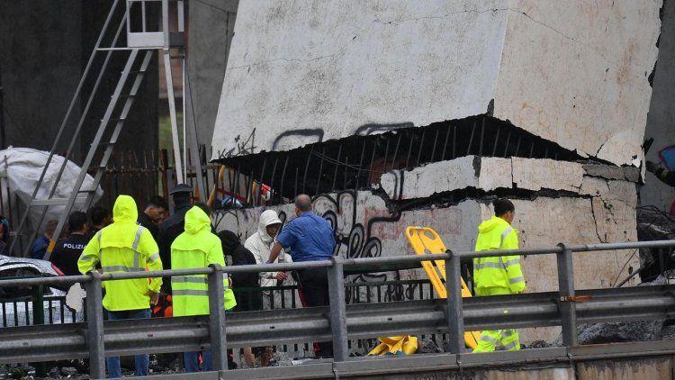 VIDEO | Salen a la luz nuevas imágenes del derrumbe del puente en Génova