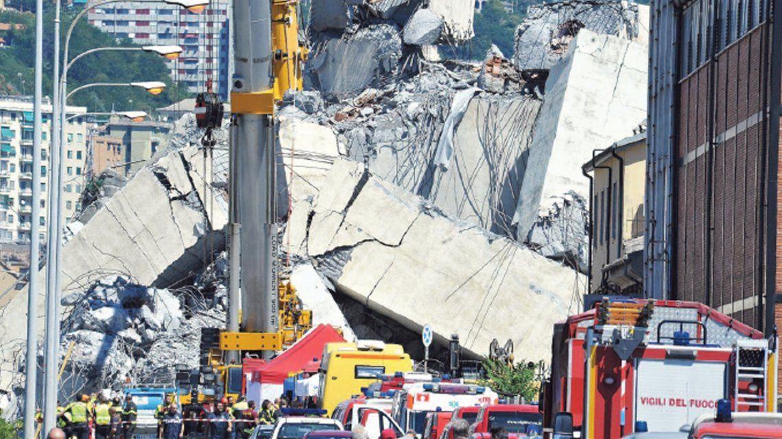 Génova: gobierno revocará concesión a Autostrade