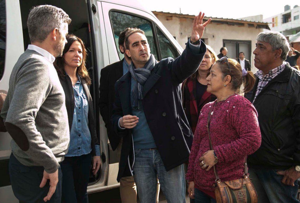 Junto a Peña, Stanley y Triaca, Tagliaferro recorrió el barrio Carlos Gardel