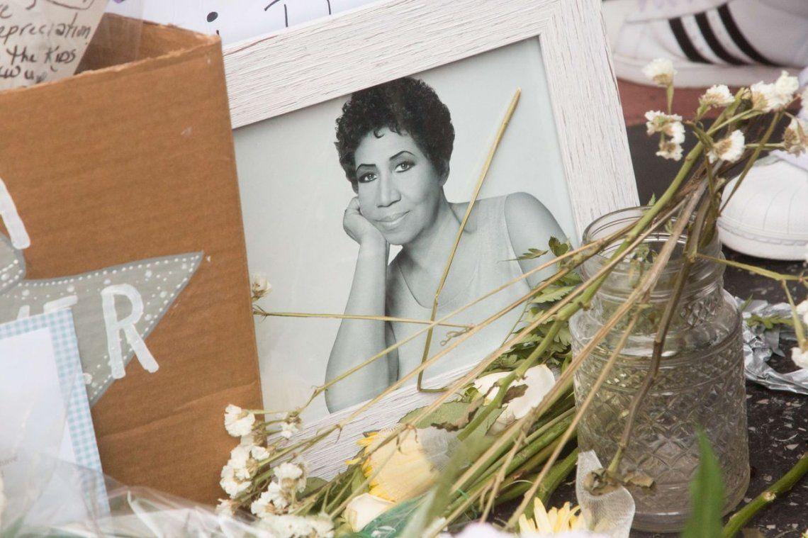 Los homenajes de los fans de Aretha Frankiln, en fotos