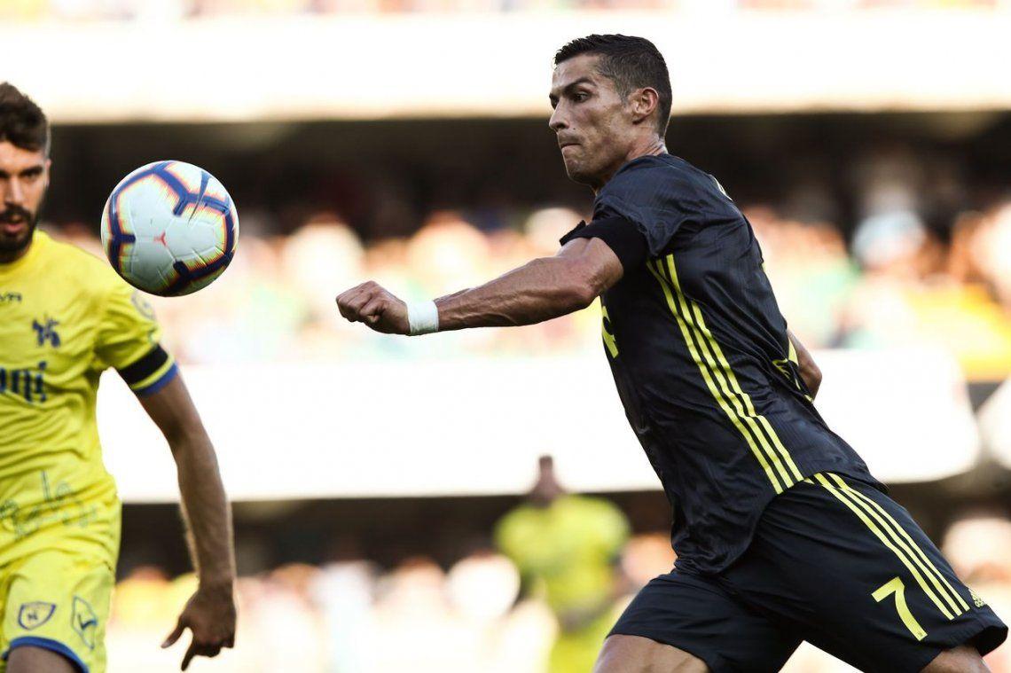 Debutó Cristiano y Juventus venció al Chievo Verona en un partidazo