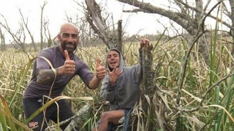 Rescataron a dos pescadores que estuvieron seis días perdidos