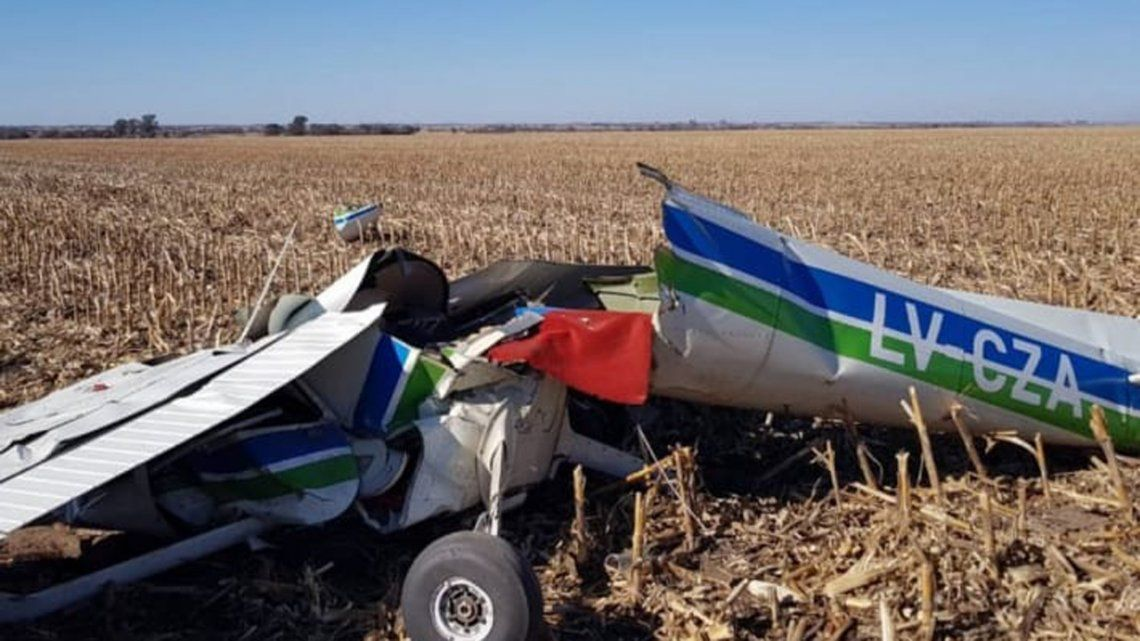 Dos muertos al estrellarse un avión enCórdoba