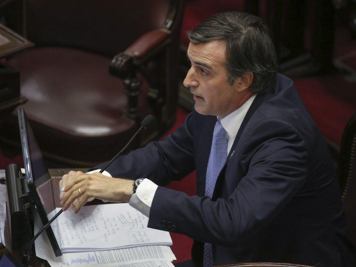 Esteban Bullrich dijo que el kirchnerismo repartió flan para el juez, el fiscal y el periodista