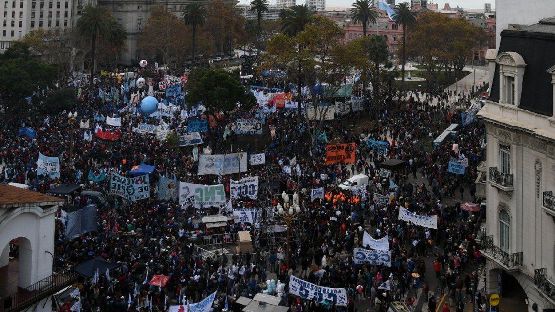 Organizaciones sociales advierten aumento de protestas hasta fin de año