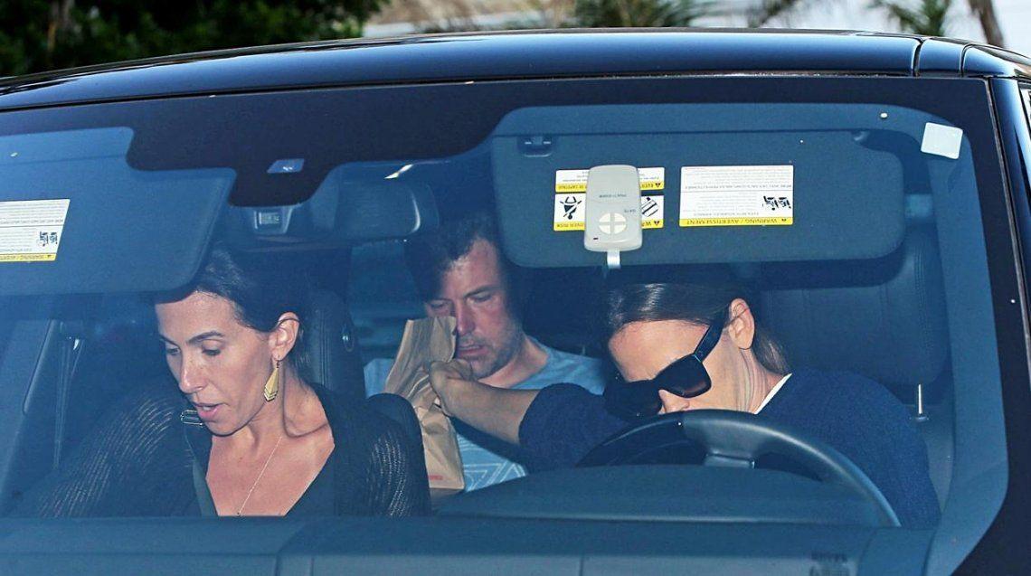 Demacrado, Ben Affleck va de nuevo a rehabilitación de la mano de su ex, Jennifer Garner