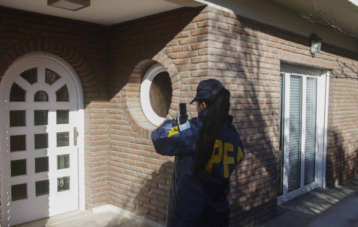 Allanaron las propiedades de Cristina Kirchner en Recoleta y Río Gallegos