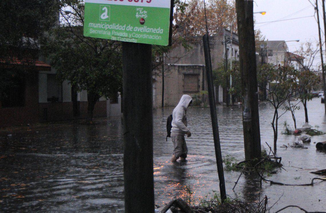 Sin solución para las históricas inundaciones en Crucecita