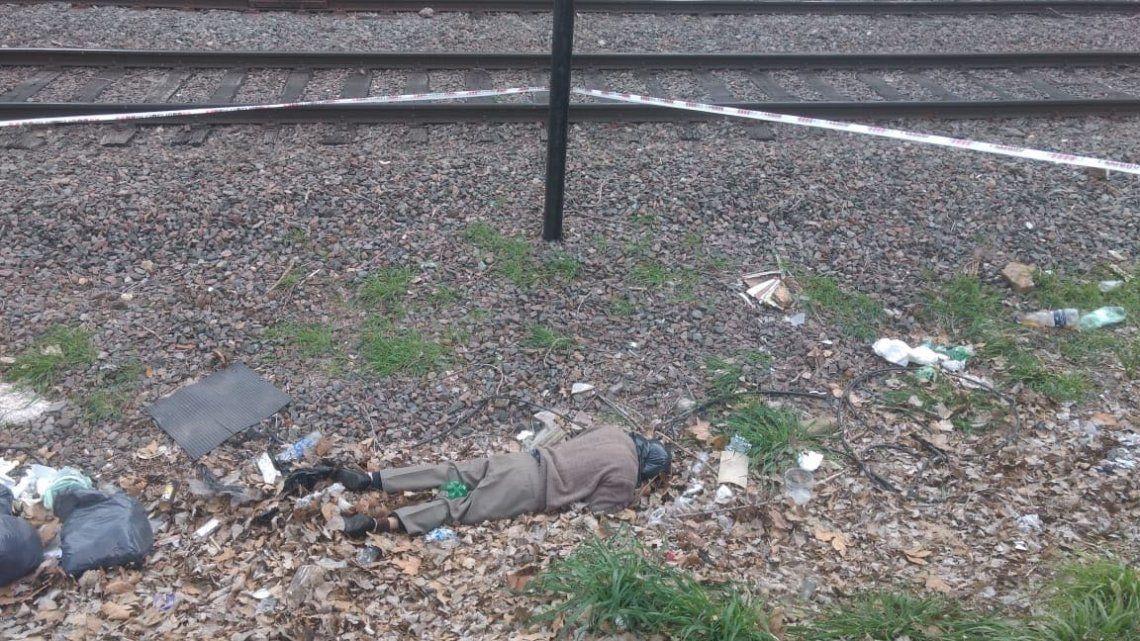 Macabro hallazgo de cadáver con una bolsa en la cabeza en Berazatergui