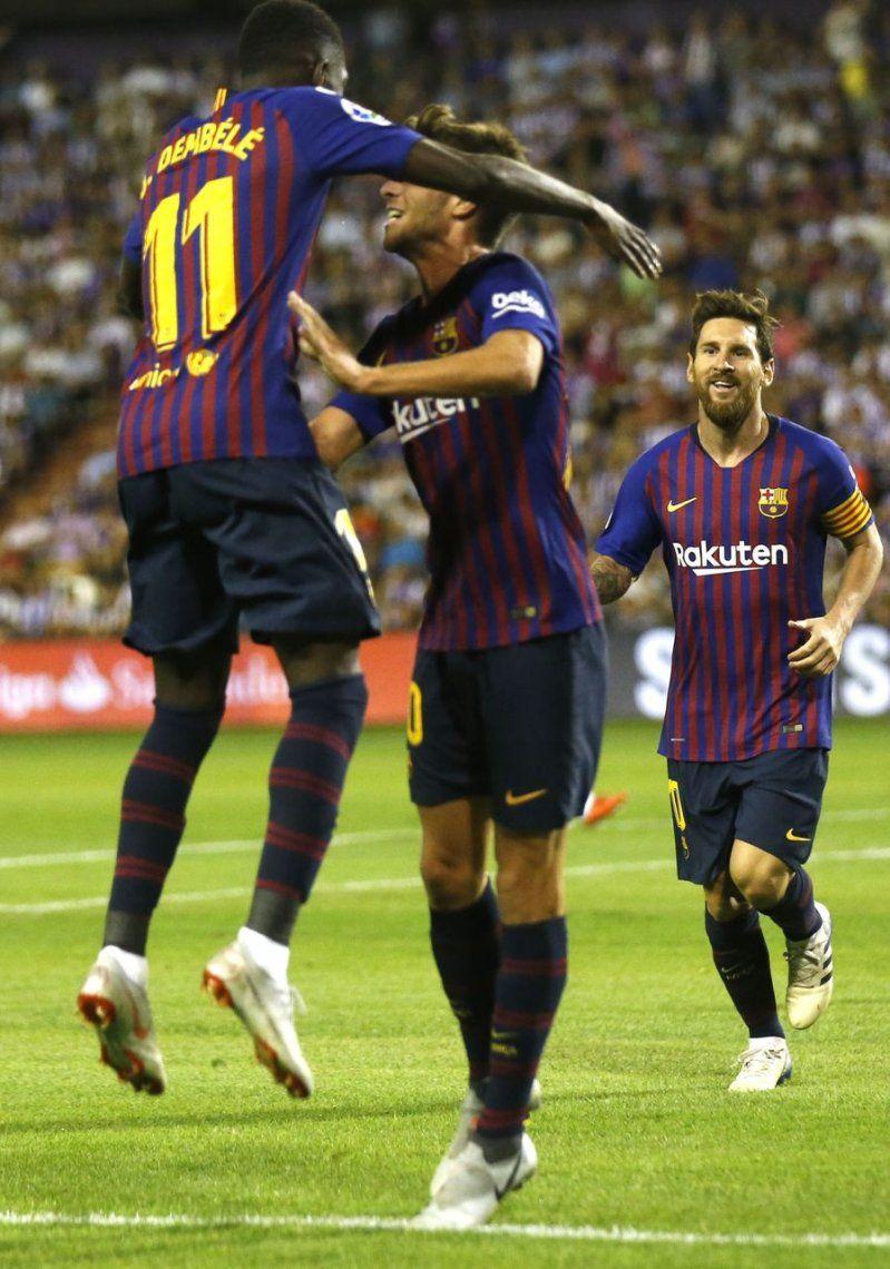 A Barcelona lo salvó el VAR ante el ascendido Valladolid