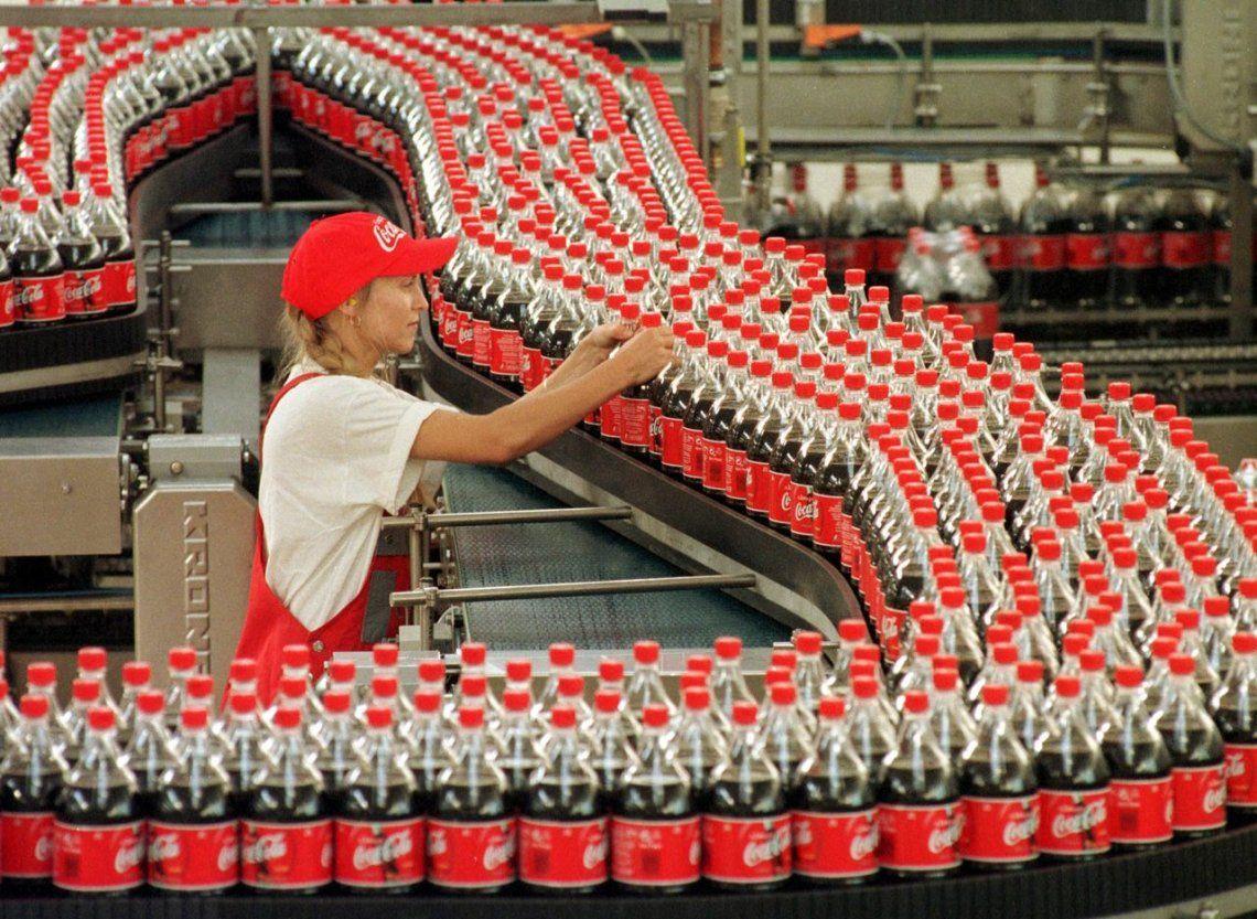 Camioneros corta cinco centros logísticos de Coca Cola
