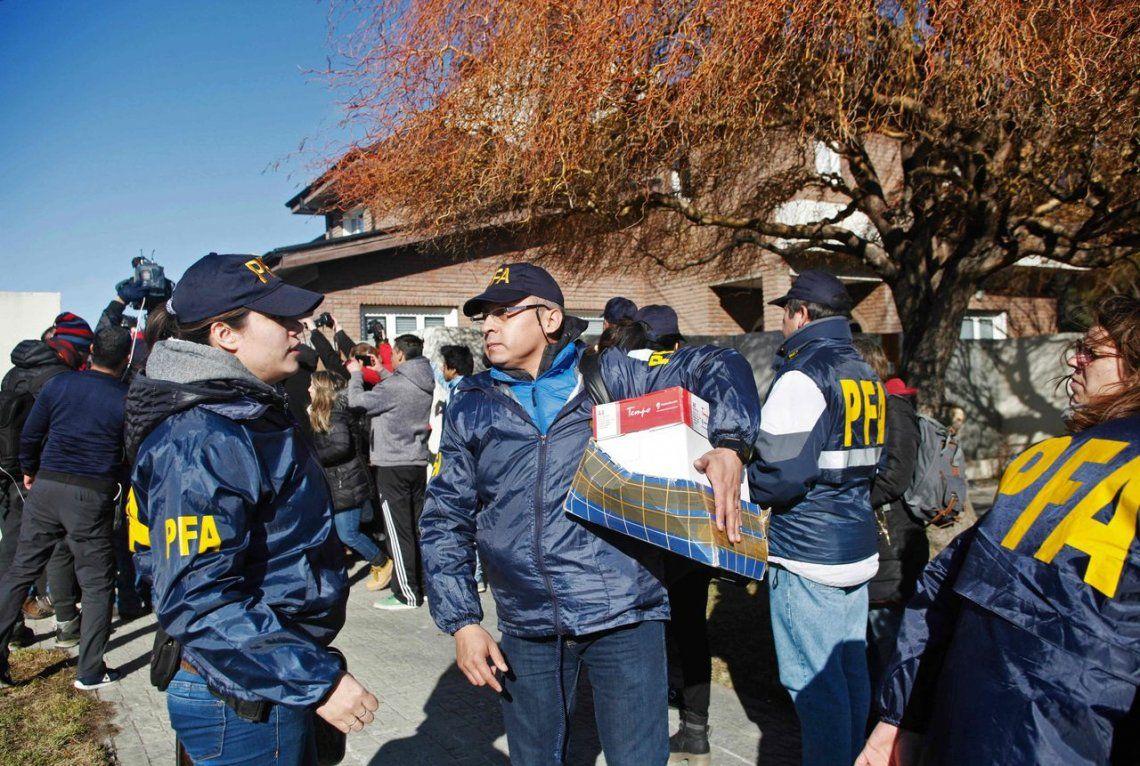 Abogado de Cristina Kirchner asegura que no hay bóvedas ni documentos de procedencia ilícita