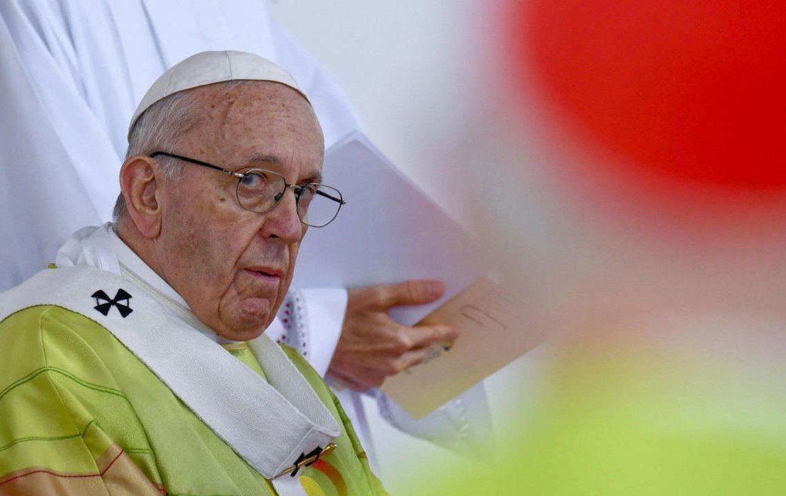 El Vaticano corrigió al Papa sobre su frase acerca de la homosexualidad