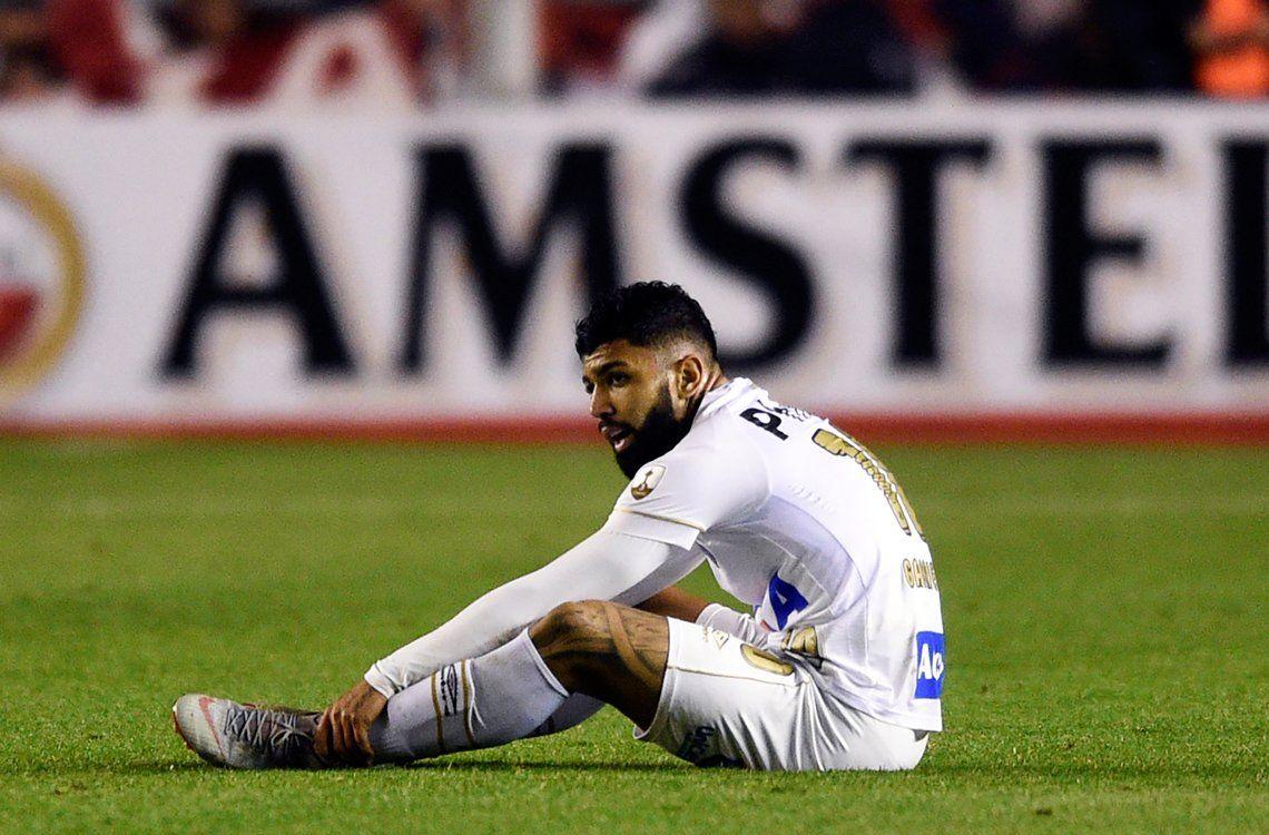 Santos expuso su bronca por el fallo de la Conmebol en redes y luego bajó decibeles