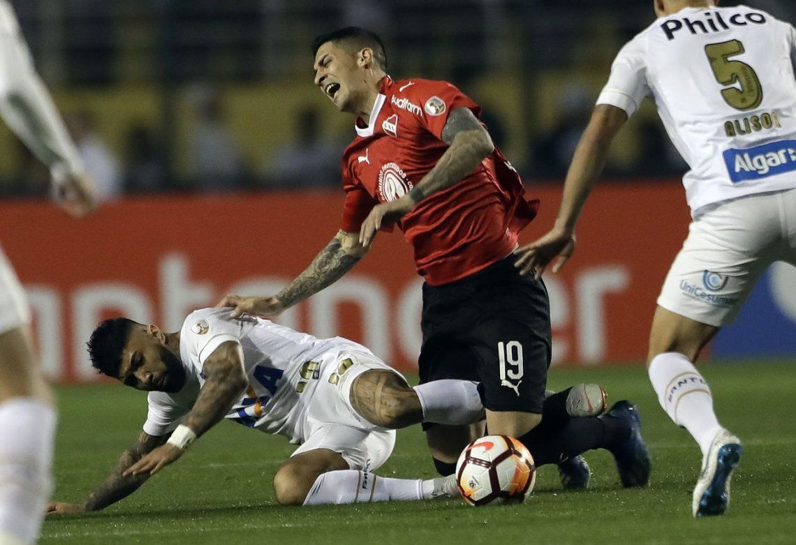 Santos-Independiente suspendido por incidentes: igualaban en la revancha por la Copa Libertadores