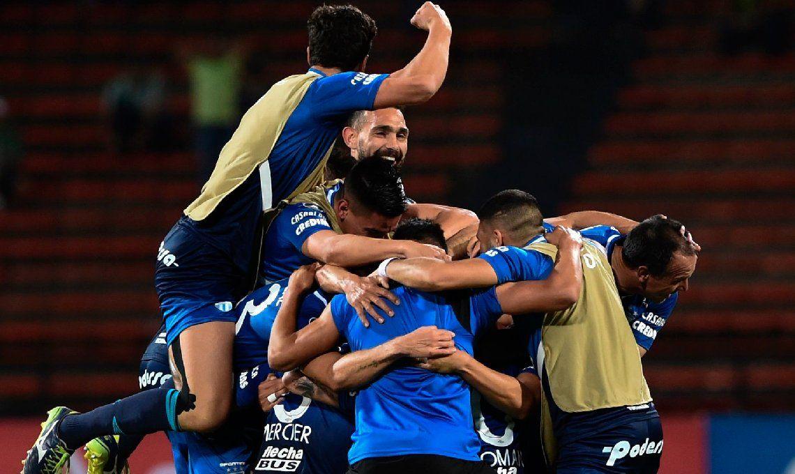 Histórico: Atlético Tucumán perdió ante Atlético Nacional, pero se clasificó a cuartos de final