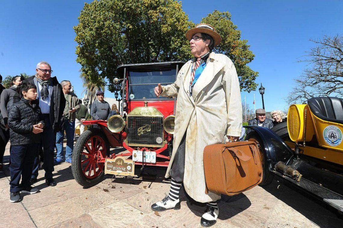 El MAT disfrutó de una nueva visita de autos clásicos