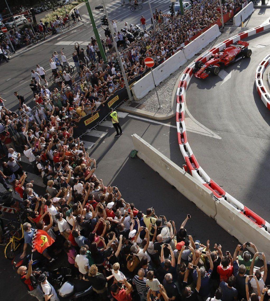 Vettel chocó la Ferrari de Räikkönen en una exhibición