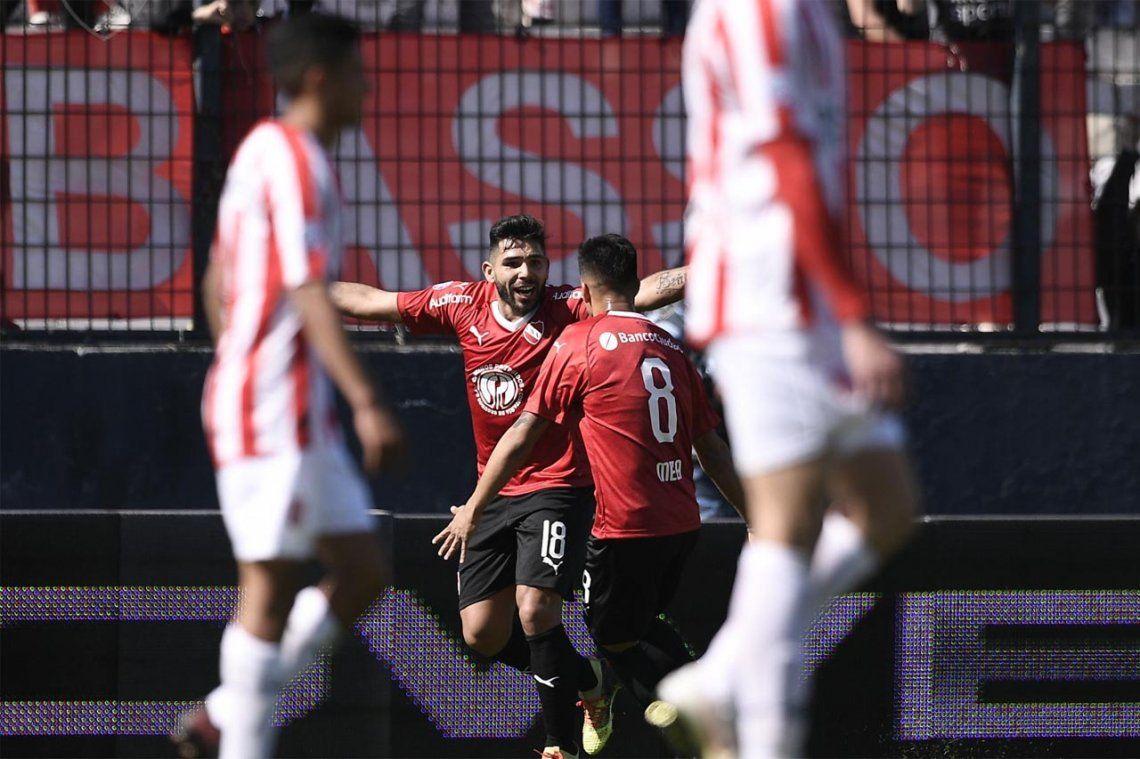 Independiente reaccionó a tiempo y empató 2 a 2 con Estudiantes