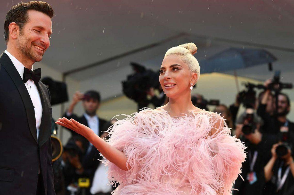 Lady Gaga fue ovacionada en Venecia por su versión de Nace una Estrella