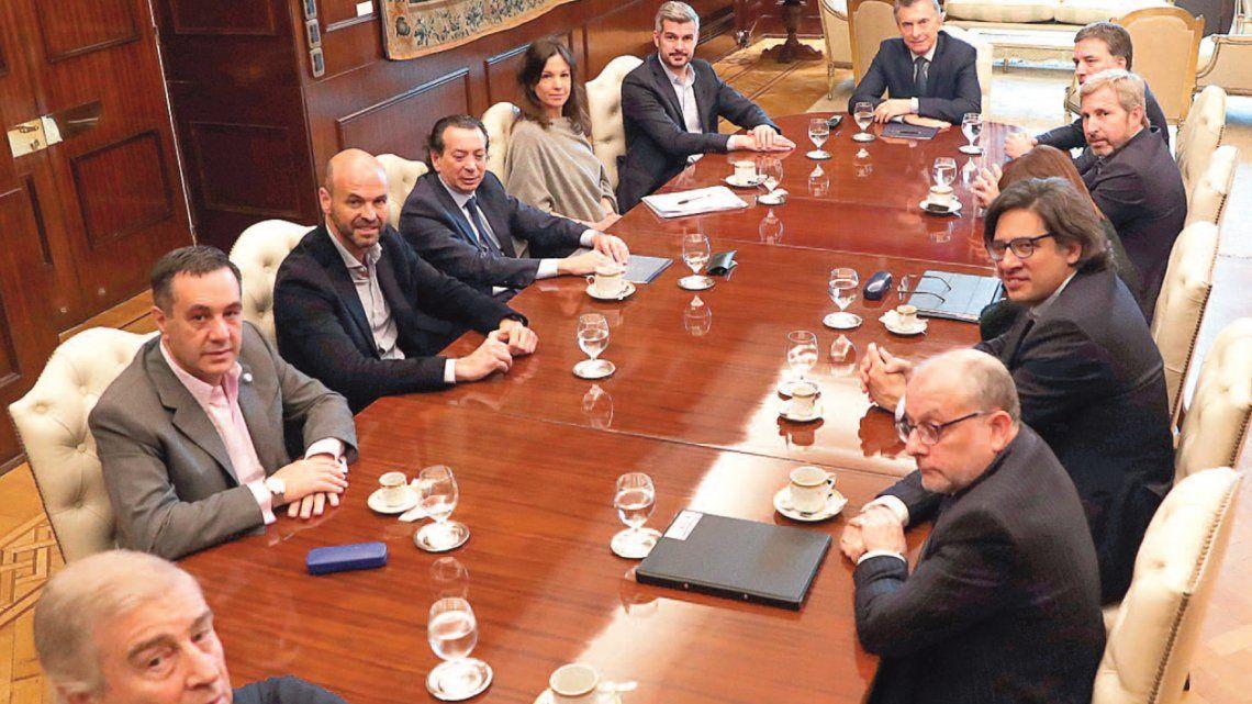 Imputaron a Mauricio Macri y a varios ministros por el acuerdo con el FMI