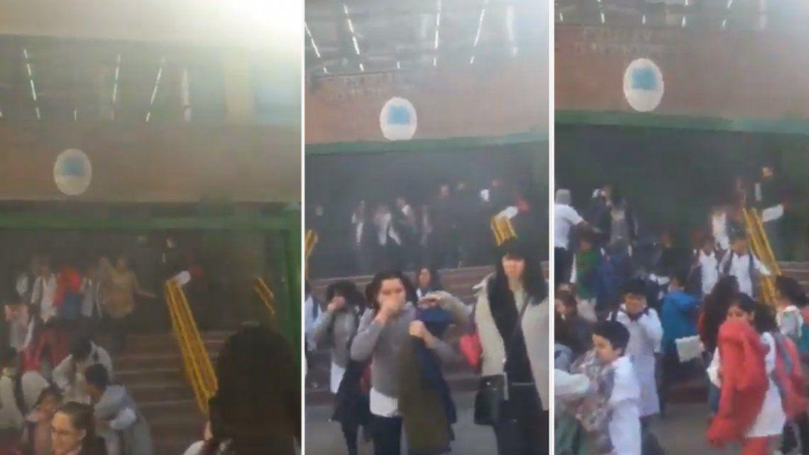 Video | Por un incendio, evacuaron una escuela primaria de Caballito