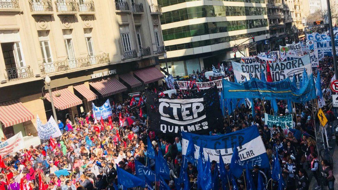 Organizaciones sociales marcharon a las dependencias de la ANSES