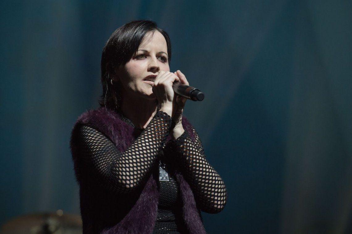Revelan la causa de la muerte de Dolores ORiordan, la cantante de The Cranberries