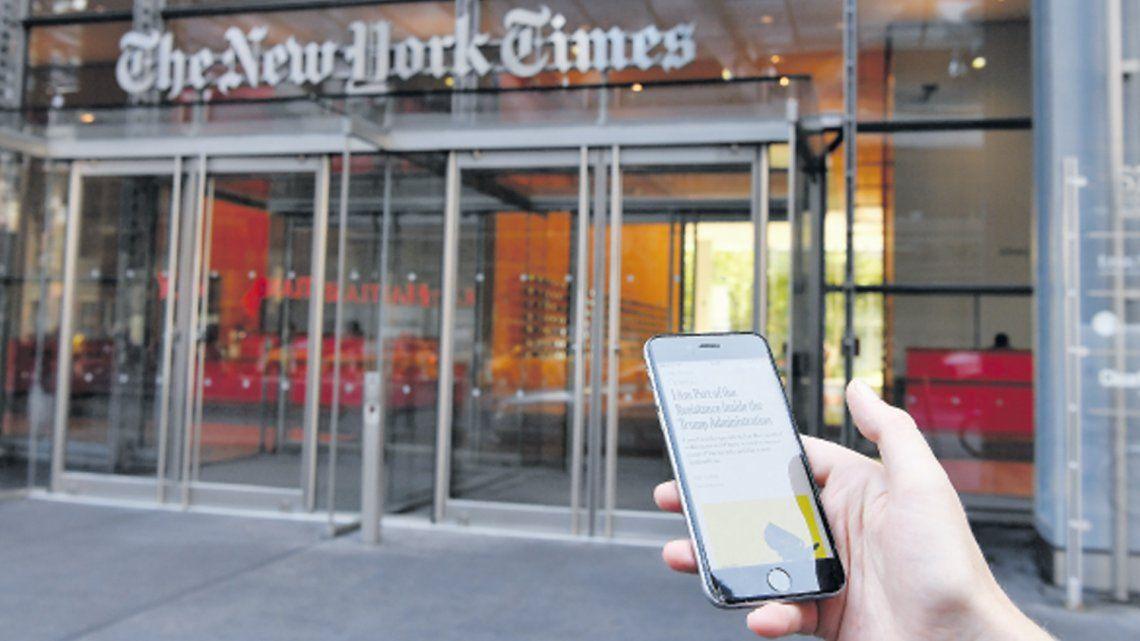 Un Trump furioso pidió al NYT que entreguen al topo