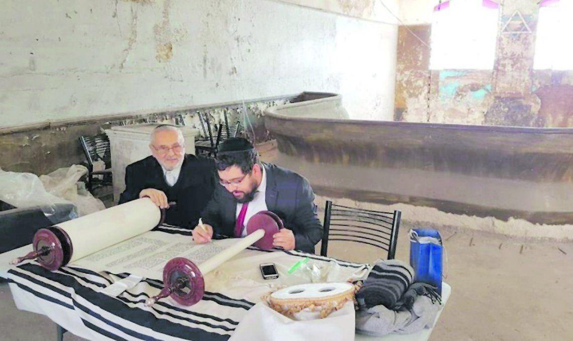 Recuperan antigua sinagoga y proponen reabrirla