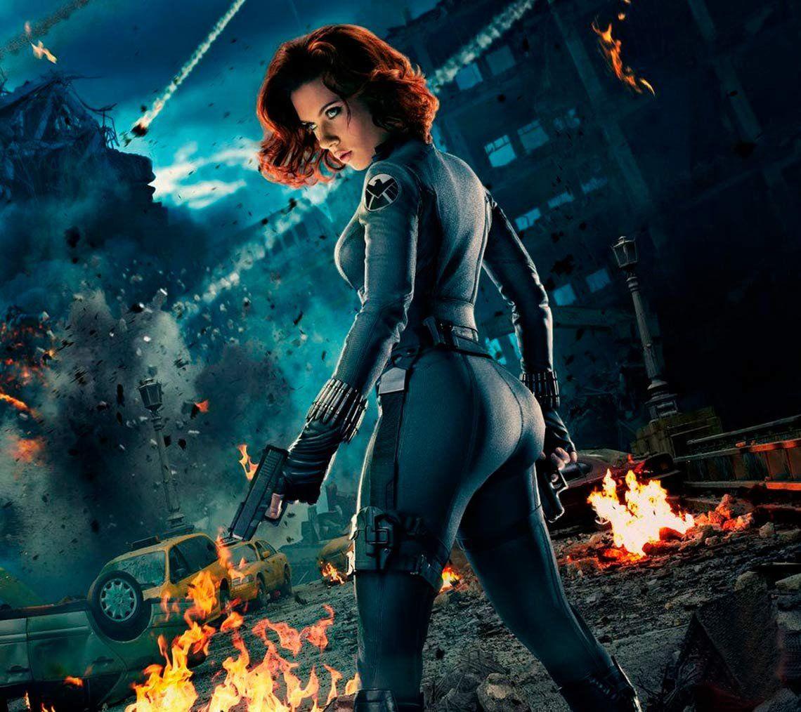 Le buscan doble de glúteos a Scarlett Johansson para Avengers 4