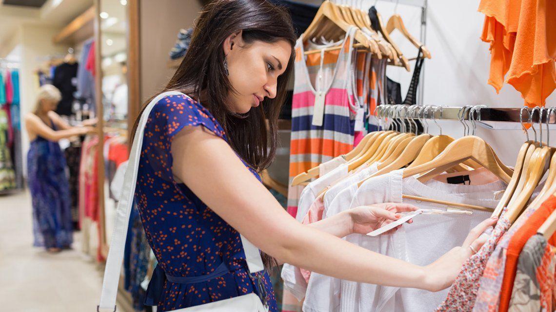 Por el Día del Maestro, docentes tendrán 50% de descuento en indumentaria