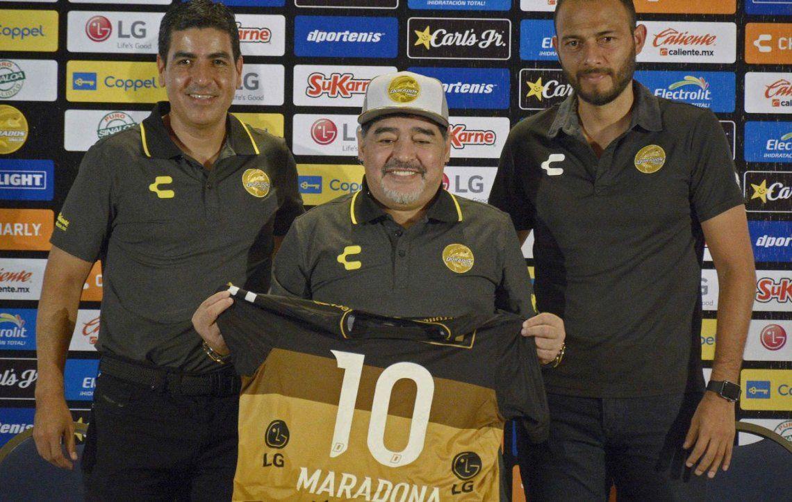Maradona y Dorados: Asumo esta responsabilidad como quien tiene un hijo en sus brazos