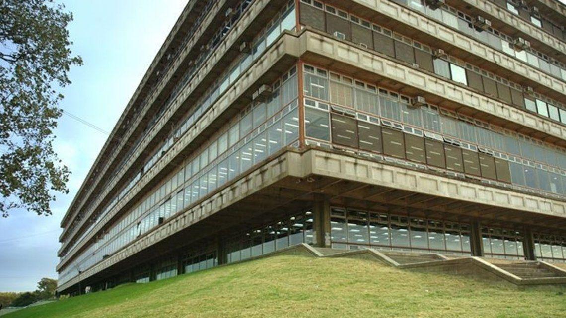 Coronavirus: aprobaron protocolos para las universidades públicas y privadas