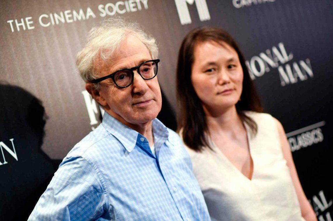 Woody Allen y su esposa Soon Yi