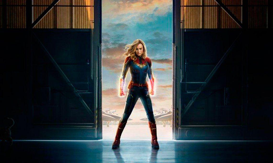 Volver a los 90: enumeramos todos los elementos nostálgicos de Capitana Marvel