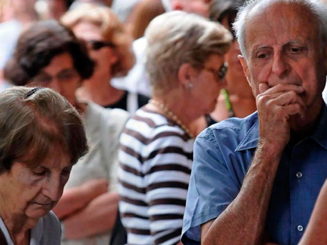 Día Mundial de toma de conciencia del abuso y maltrato en la vejez: más de 800 casos de maltrato a personas mayores