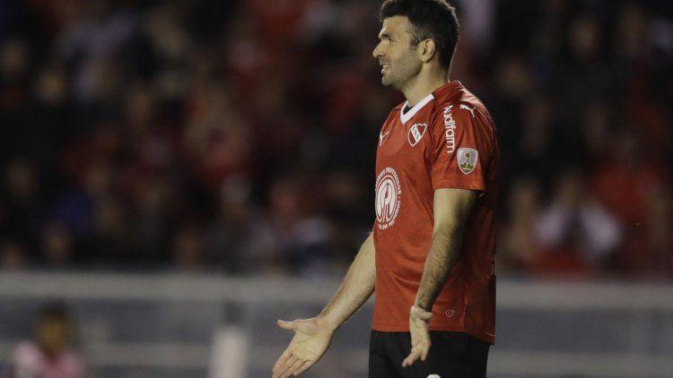 Independiente visita a Banfield, en busca del terreno perdido