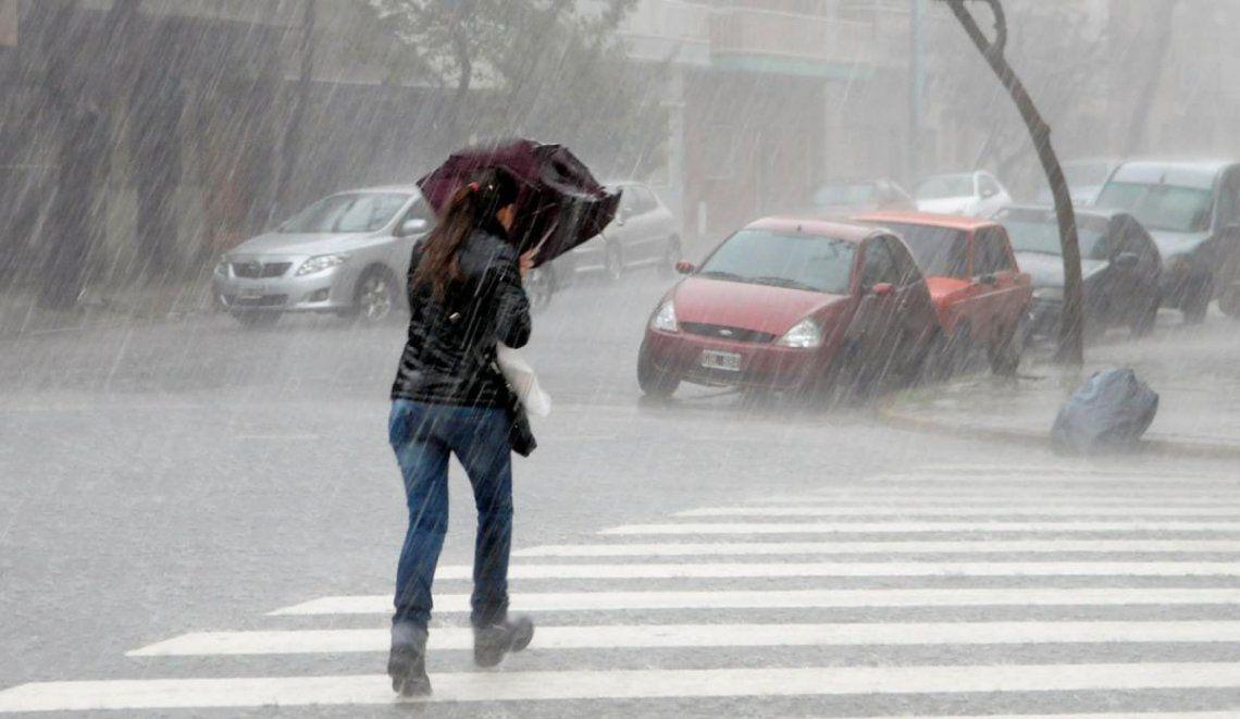 Clima en Buenos Aires: alerta meteorológico por lluvias, tormentas y posible caída de granizo