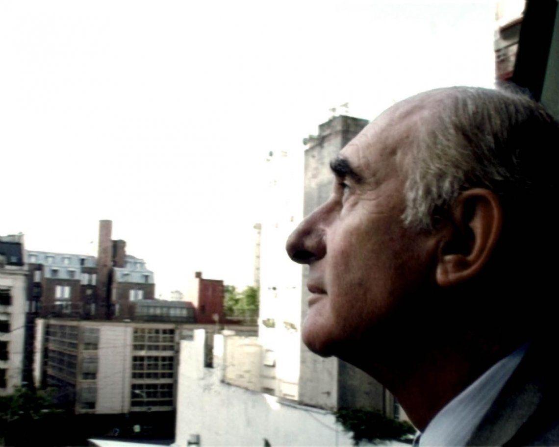 Fernando de la Rúa, una vida dedicada a la política y un fracaso para el país