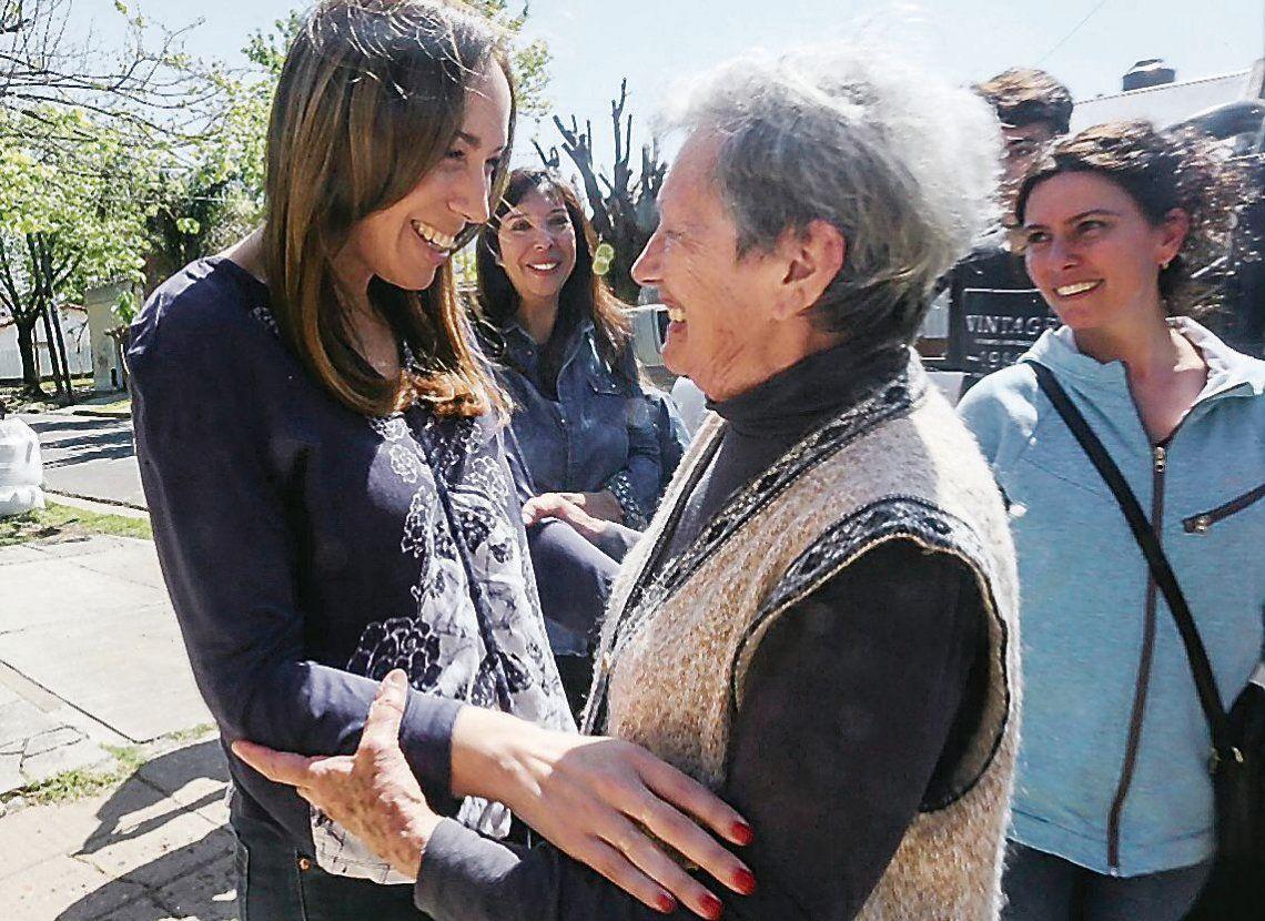 dLa gobernadora María Eugenia Vidal recorrió la localidad de Ituzaingó y su vice