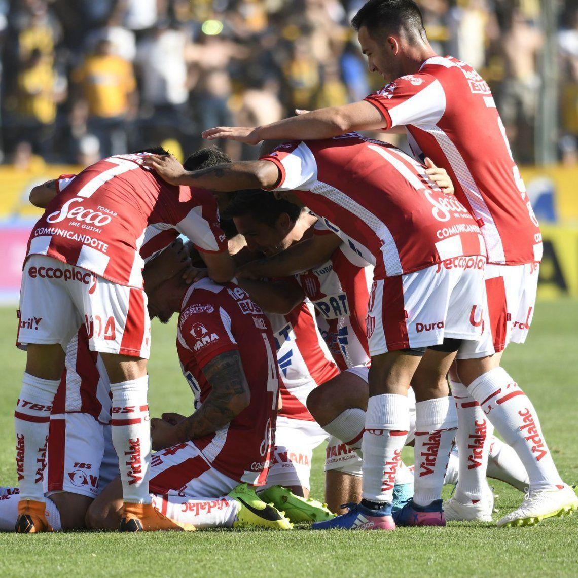 Unión volvió al triunfo con una goleada ante Central