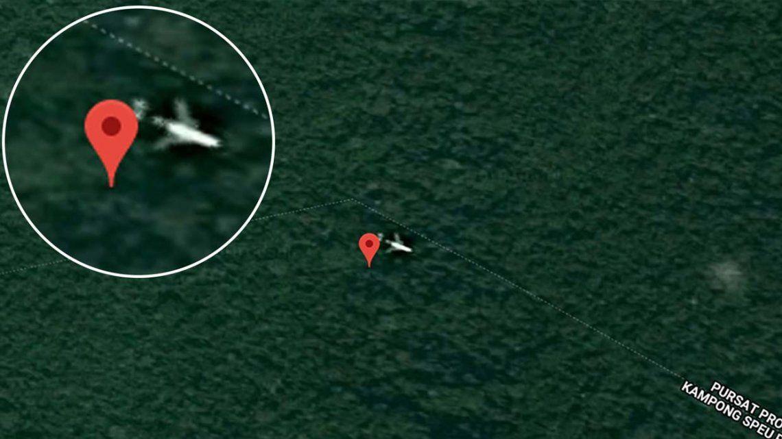 Afirman haber encontrado el MH370 en una impenetrable selva gracias a Google Maps