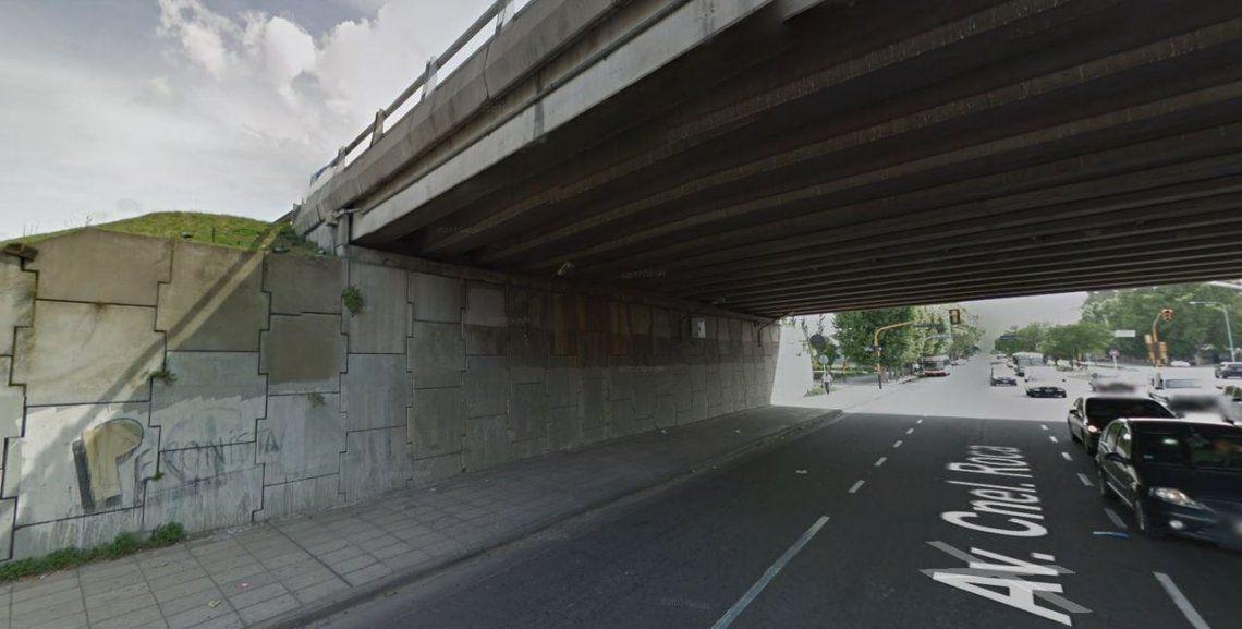 Investigan la aparición de un cuerpo debajo de un puente en la colectora de la General Paz