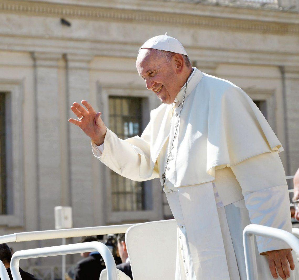 """El Papa comparó el aborto con recurrir a un """"sicario"""""""