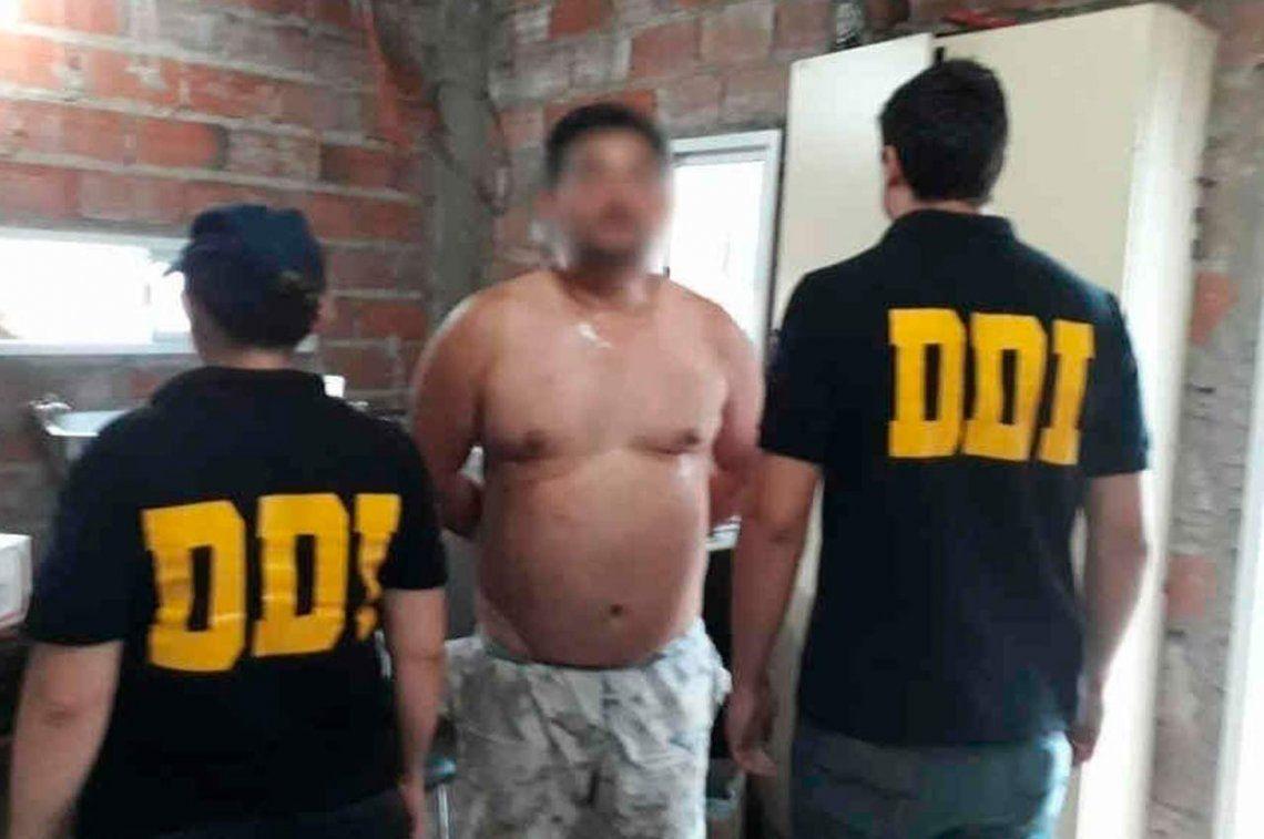 Quilmes: lo fueron a detener por abuso de menores y le encontraron un arsenal