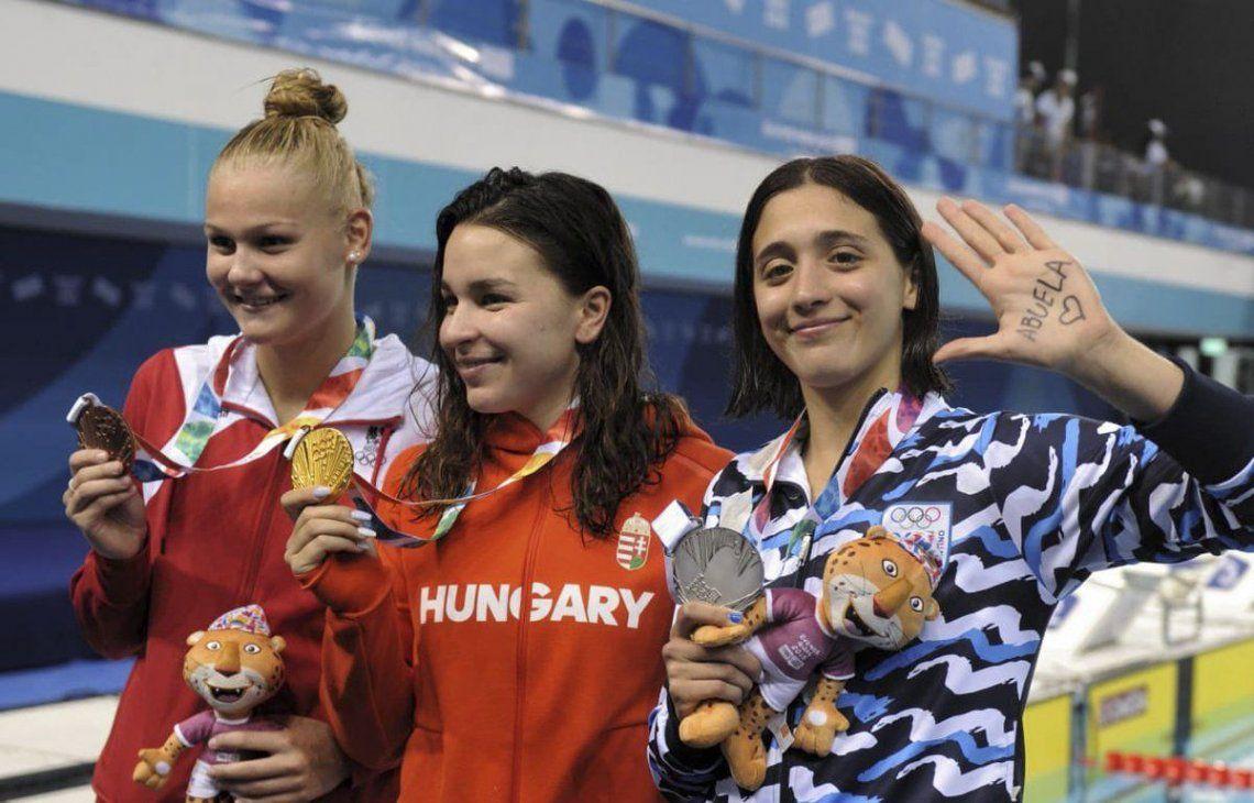 Delfina Pignatiello y su medalla plateada