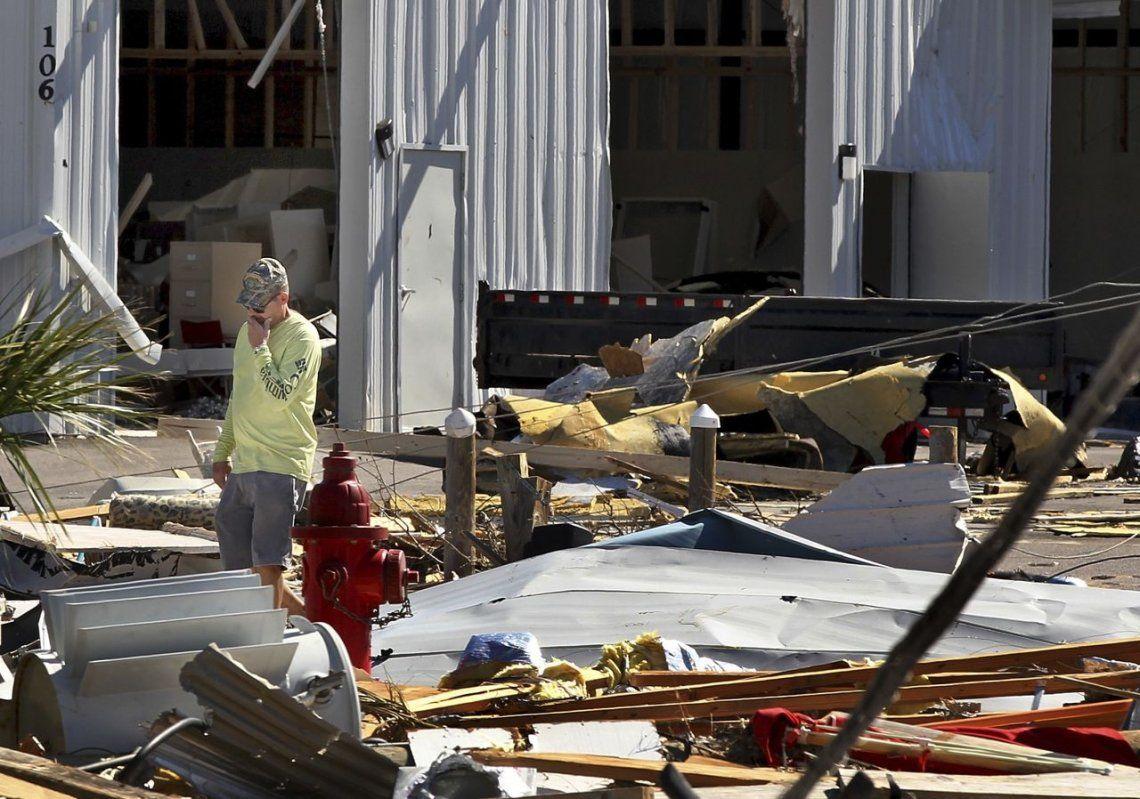 Ascienden a 18 los muertos por el huracán Michael